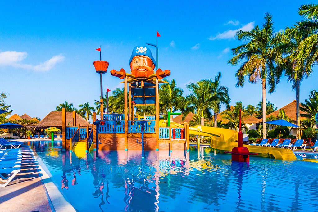 The waterpark pool at Allegro Cozumel.