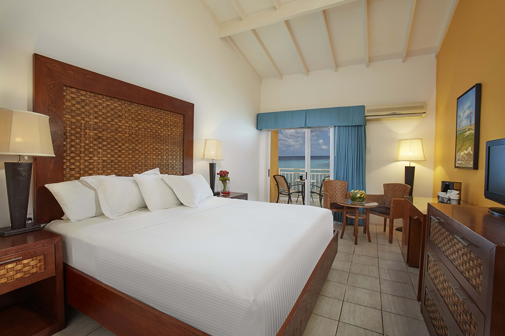 Rooms at Divi Flamingo have been upgraded and redecorated, and some units include conveniences such as kitchen facilities.