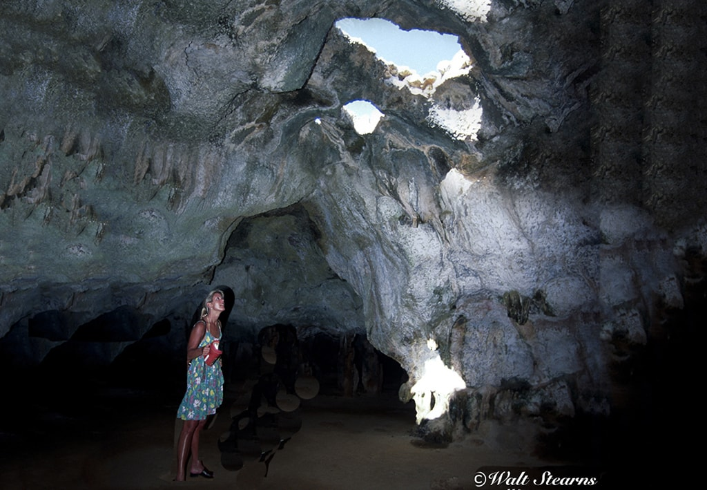 Hikers and off-roaders can visit the Quadiriki Caves to view ancient petroglyphs created by the indigenous Arkawk people.