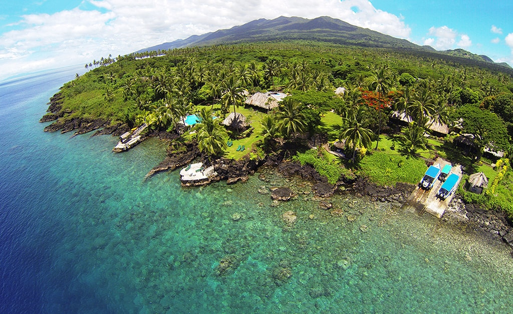An aerial view of Paradise Taveuni resort, which combines convenient access to reefs with idyllic out-island charm.