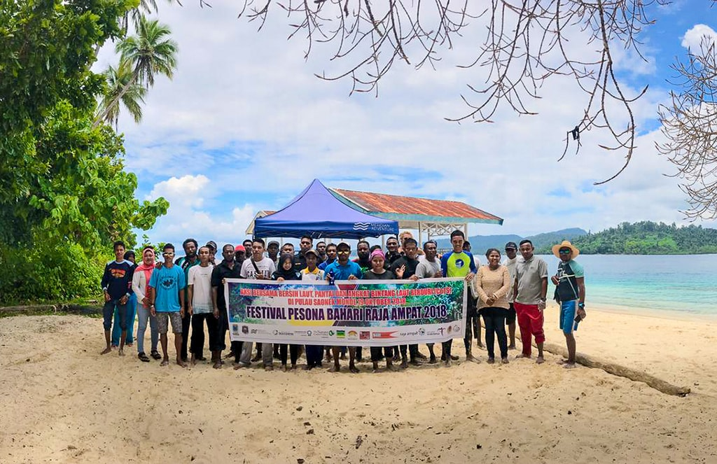 Meridian participates in ongoing beach and reef cleaning projects.
