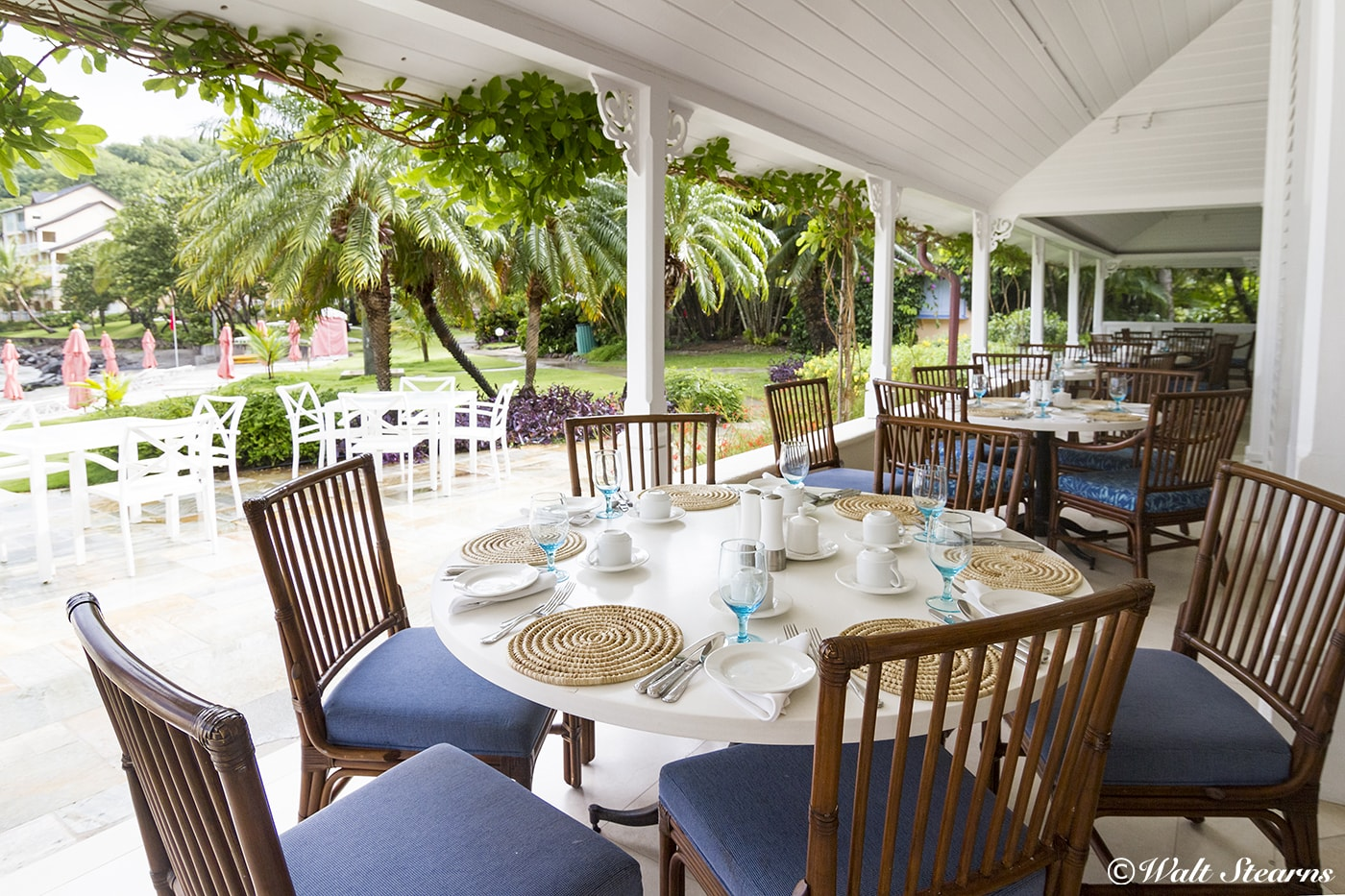 The beachside Cariblue restaurant serves a mix of Mediterranean, Asian, Mexican, Italian and island specialties, and features an extensive wine list.