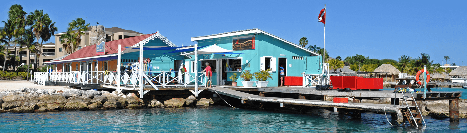 Ocean Encounters operates Curaçao's largest and best-equipped fleet of fast, twin-engine dive boats. The shop provides daily two-tank morning dives, afternoon dives and a range of special dive adventures.