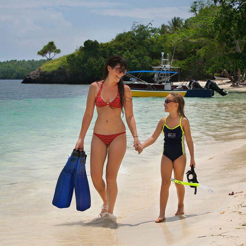 Snorkeling at Tufi Dive Resort